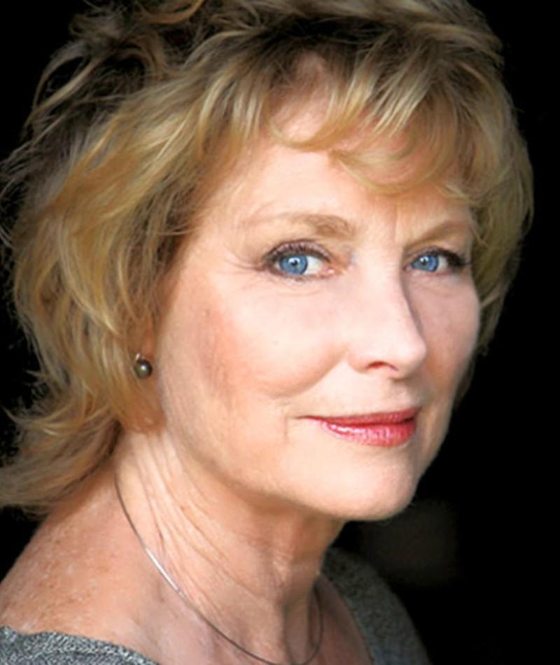Photo of Lisa Harrow