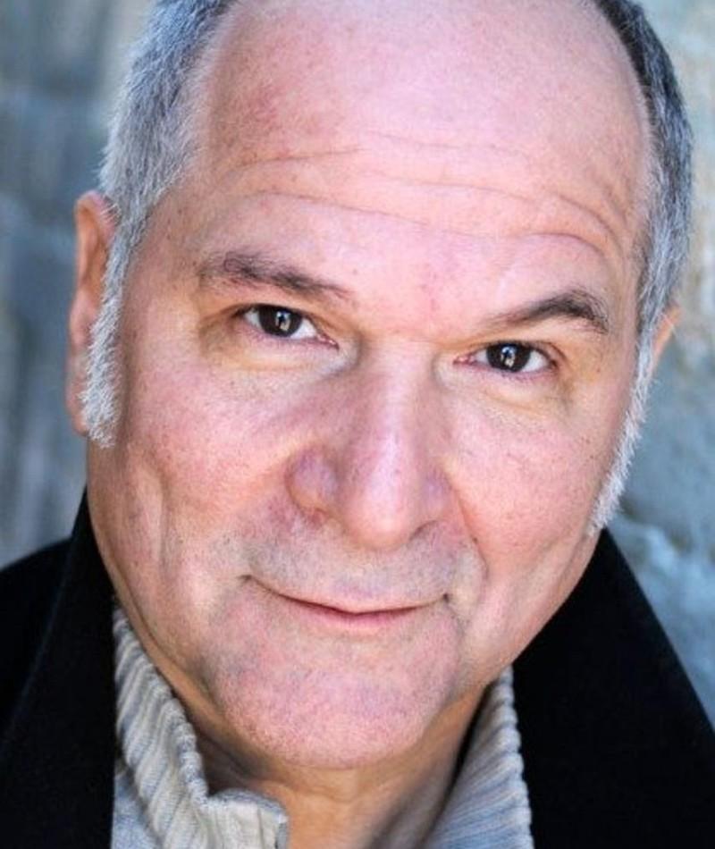 Photo of John Kapelos