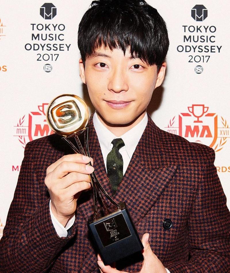 Photo of Gen Hoshino