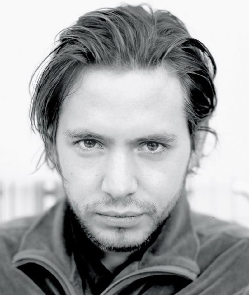 Photo of Aaron Stanford