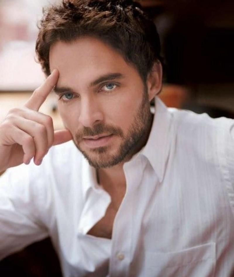 Photo of Manolo Cardona