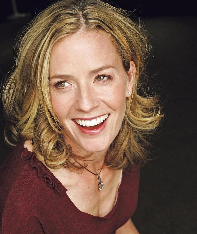Photo of Elisabeth Shue