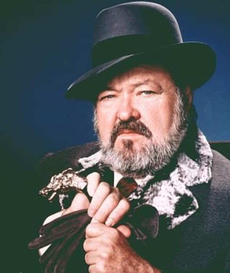 Photo of William Conrad