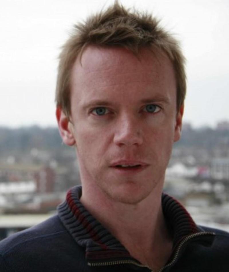 Photo of Simon Lewis