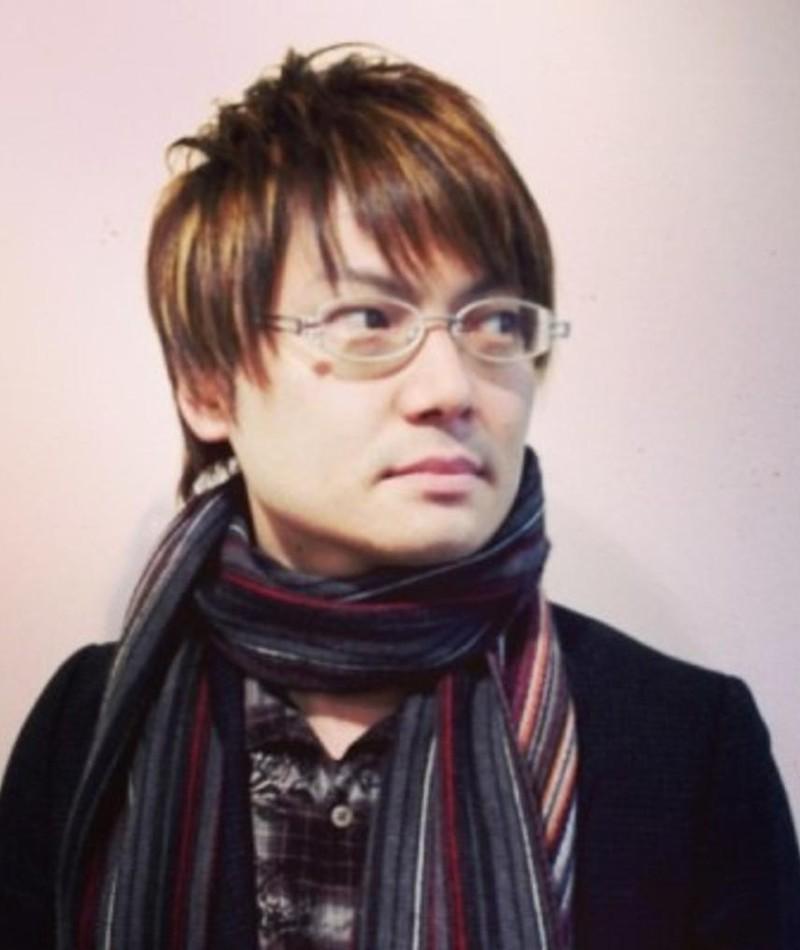 Gambar Makoto Uezu