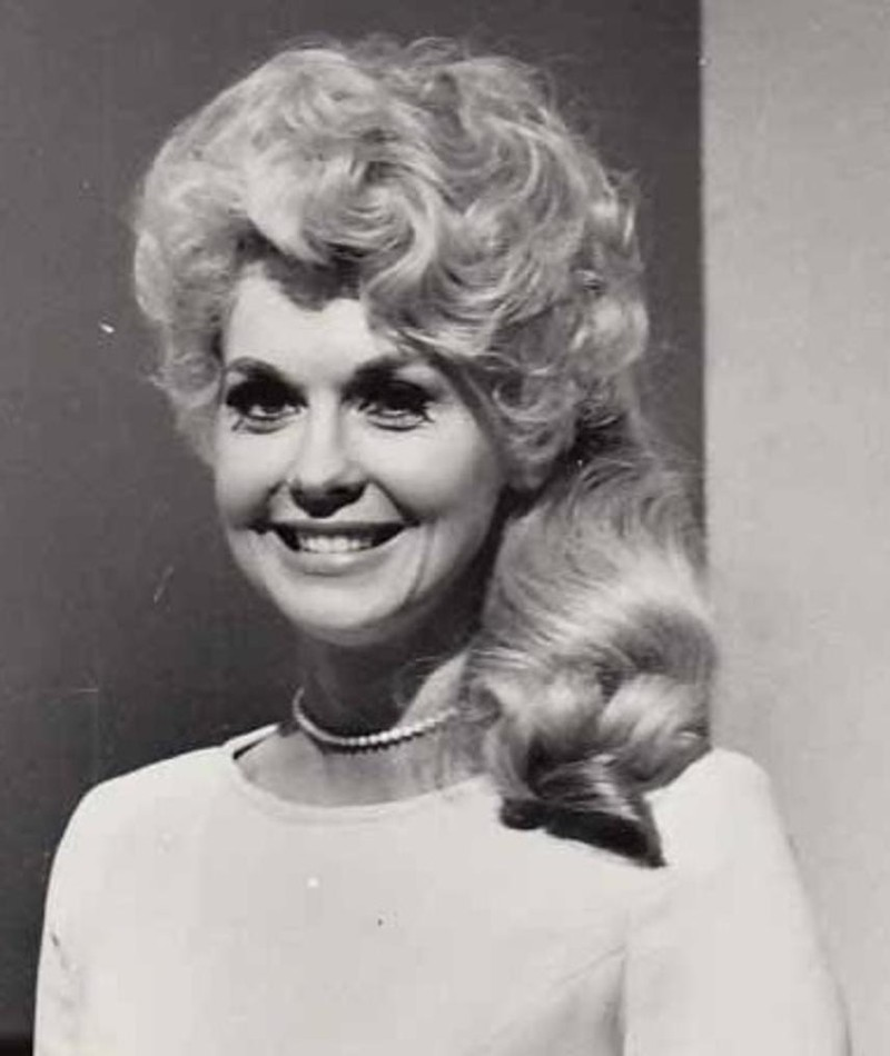 Photo of Donna Douglas