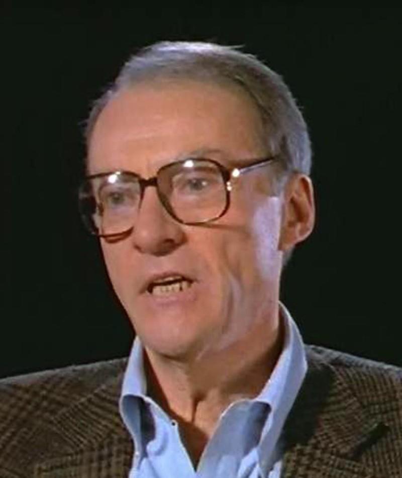 Photo of Gordon Carroll