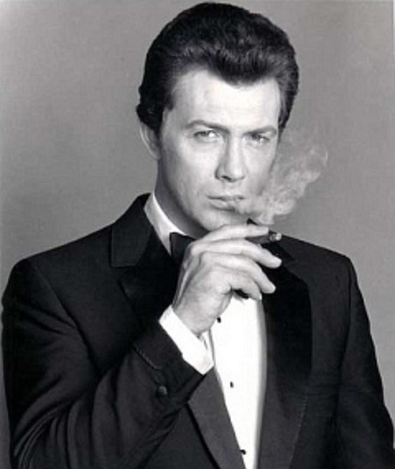 Photo of Lewis Collins