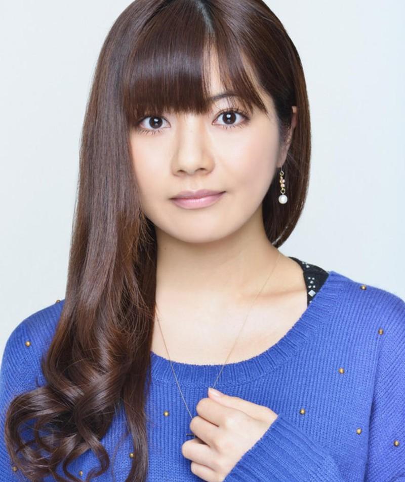 Gambar Satomi Akesaka