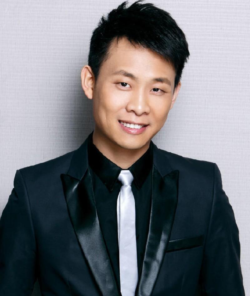 Photo of Yi Zhang