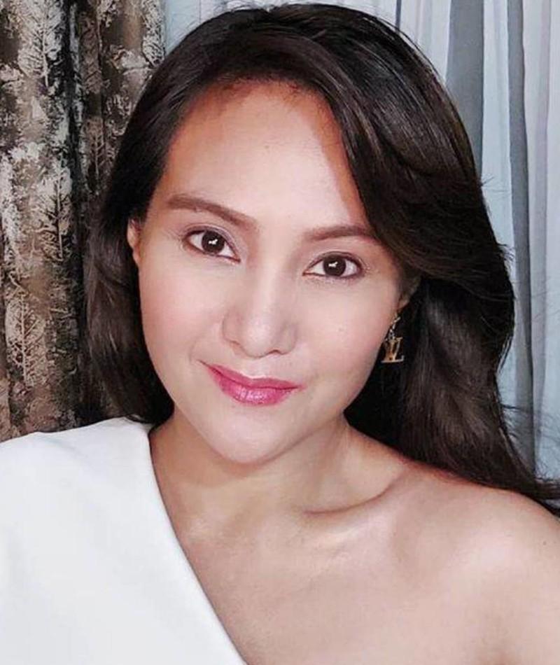 Photo of Gladys Reyes