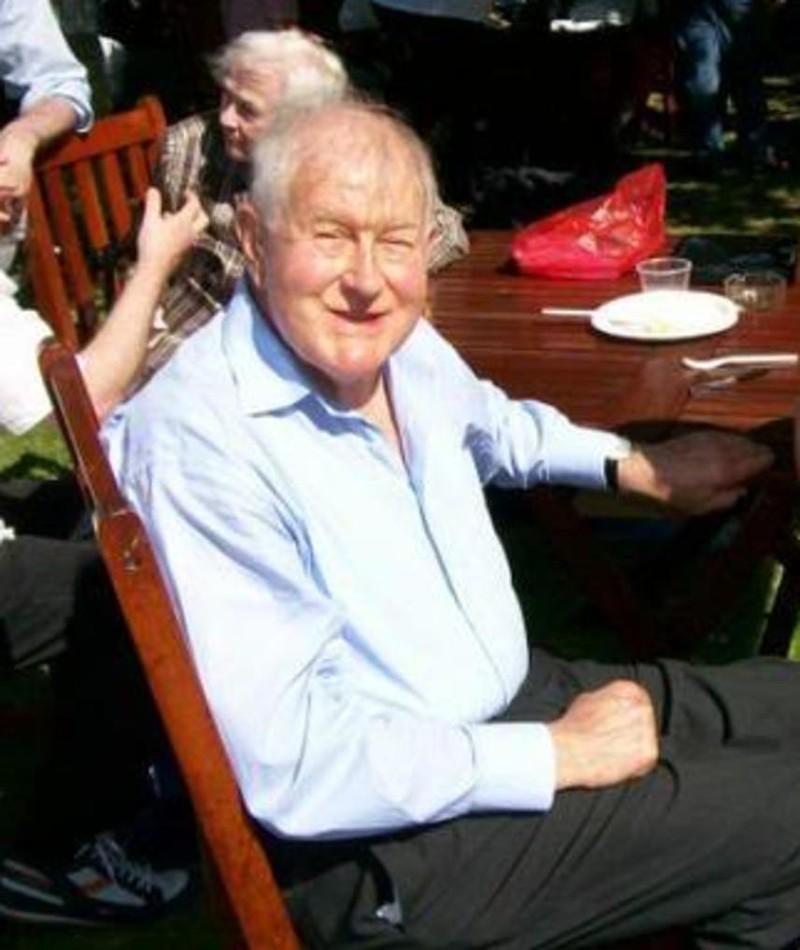 Photo of Peter Graham Scott