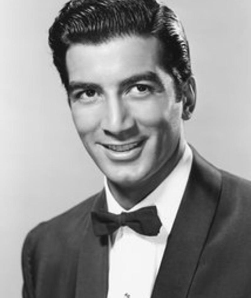 Photo of Ray Danton