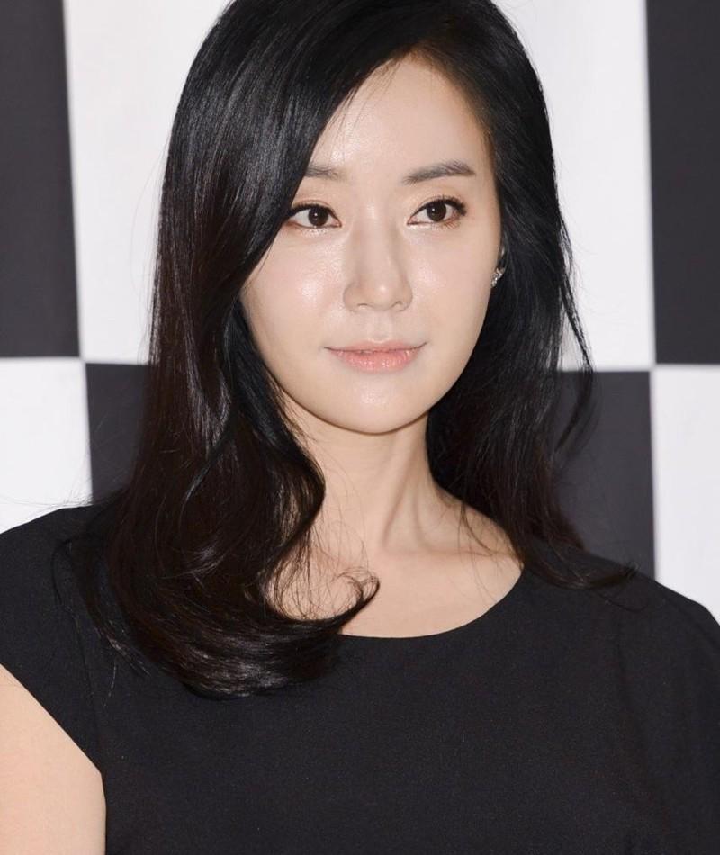 Gambar Ban Min-jeong
