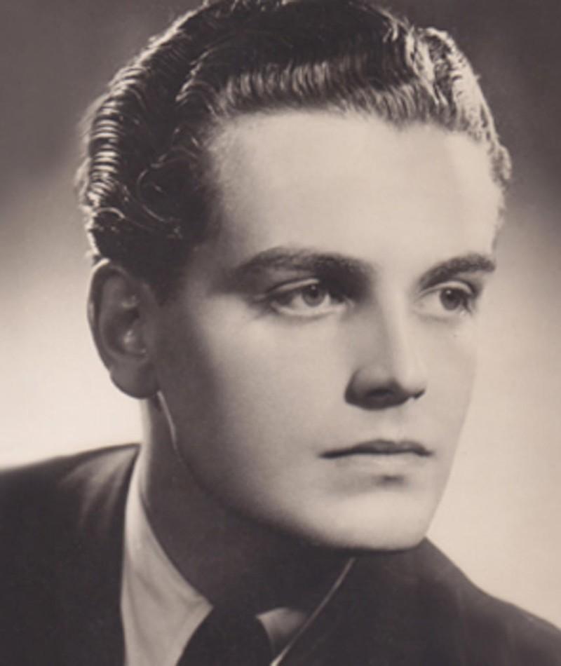Photo of David Peel