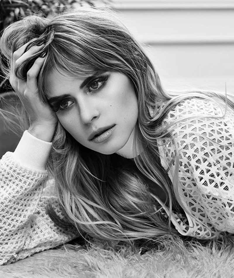 Photo of Carlson Young