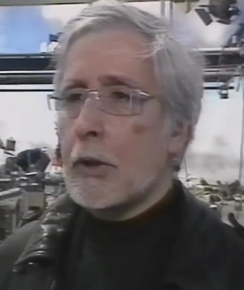 Photo of Robert D. Cardona