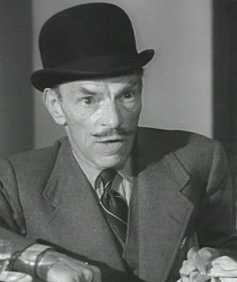 Photo of Ivor Barnard