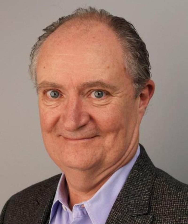 Photo of Jim Broadbent