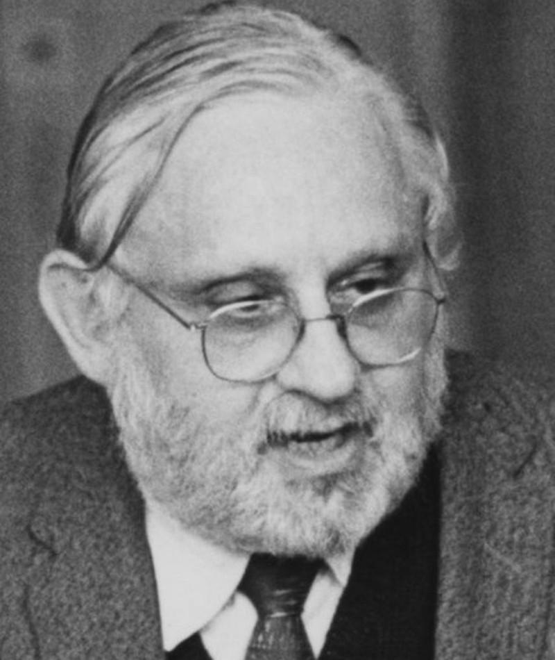 Gambar Albert Hague