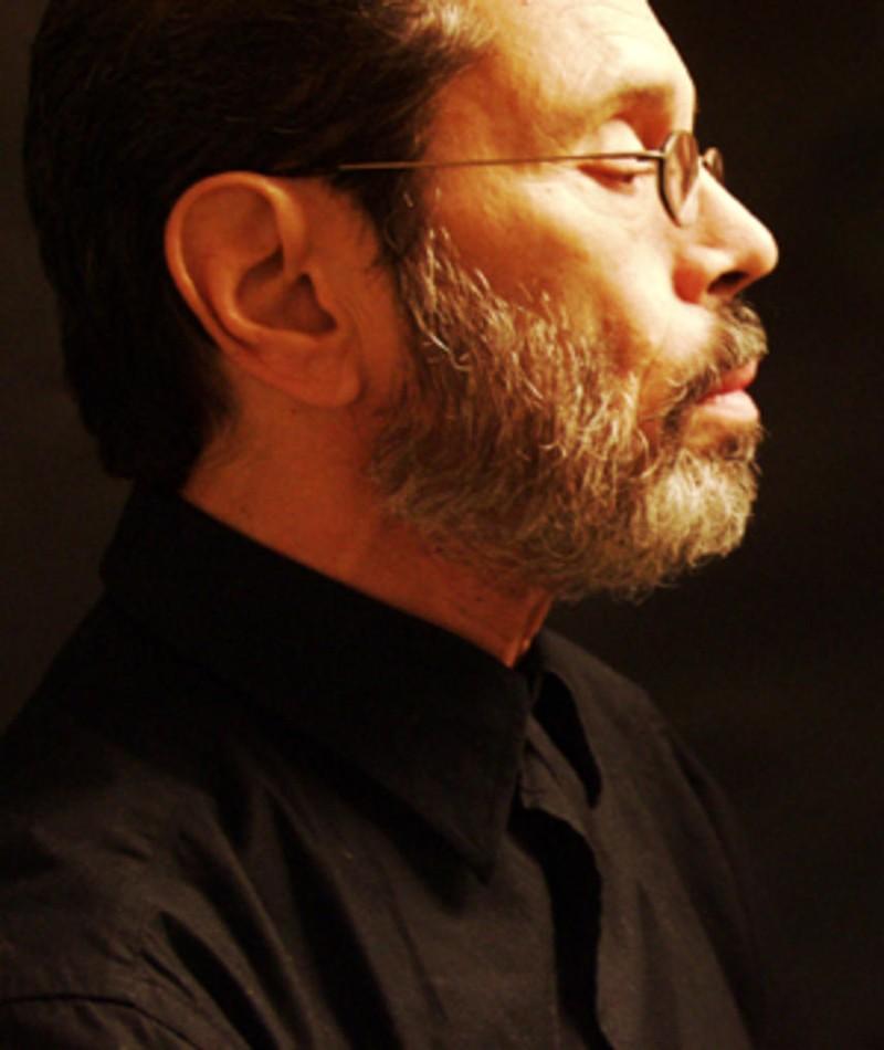 Photo of Leo Brouwer