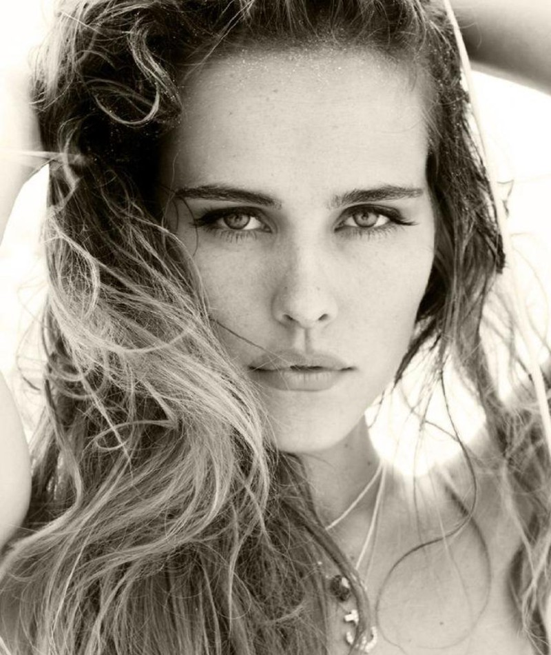 Photo of Isabel Lucas