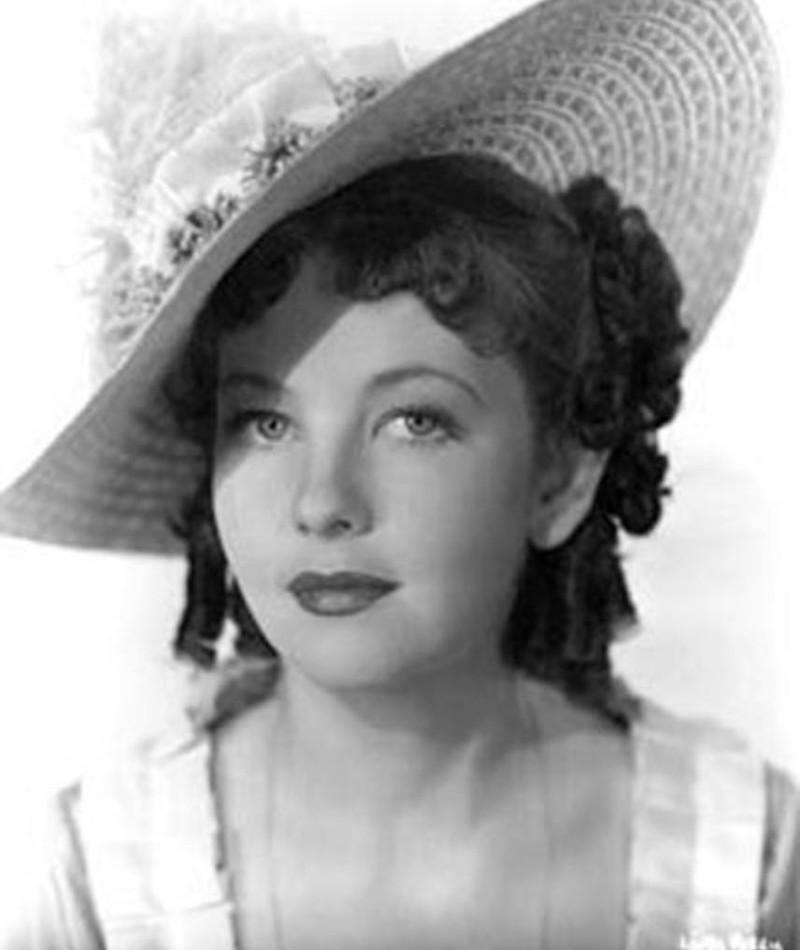 Photo of Linda Perry