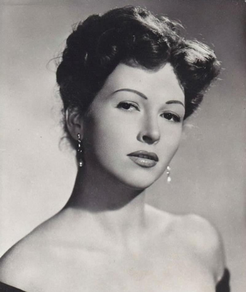 Photo of Carla Del Poggio