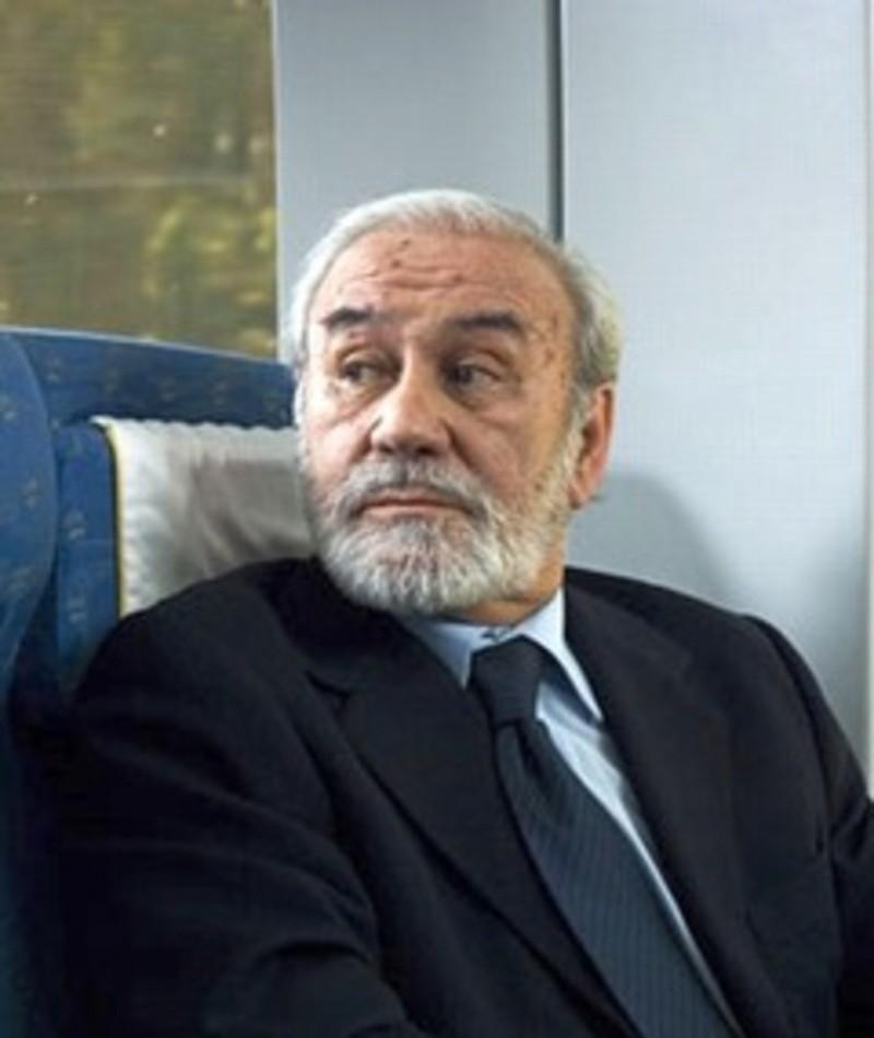 Photo of Nelson Villagra