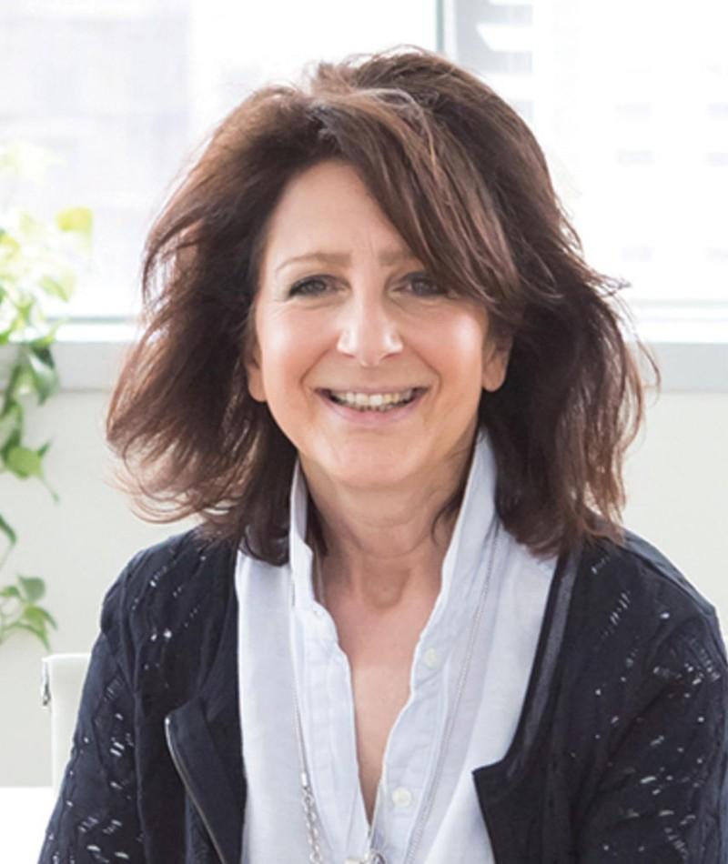 Photo of Deb Dyer