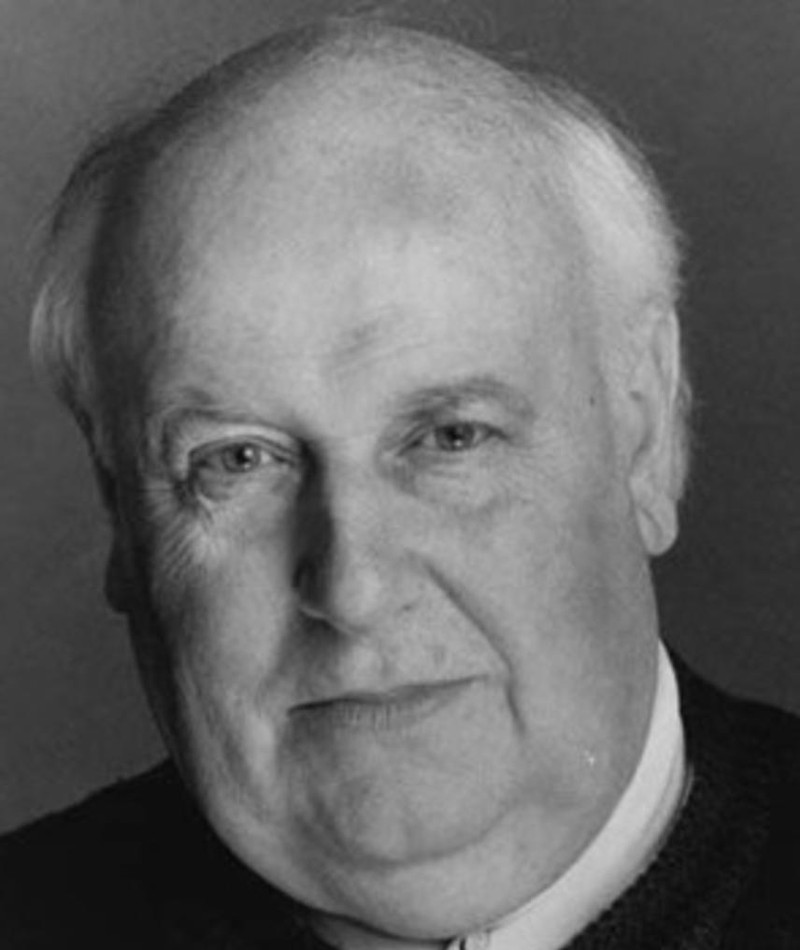 Photo of Roger Hammond