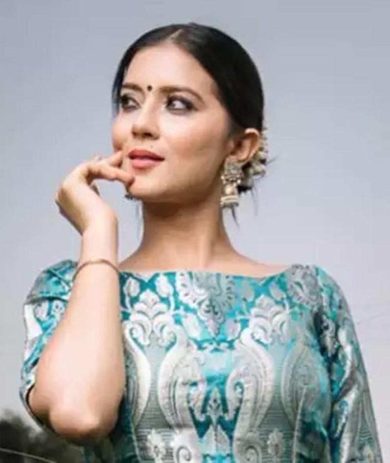 Aakanksha Sareen fotoğrafı