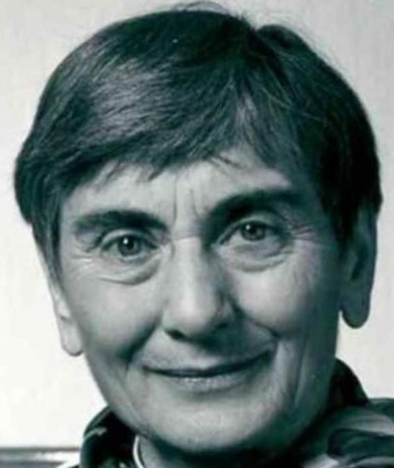 Photo of Julia Jones