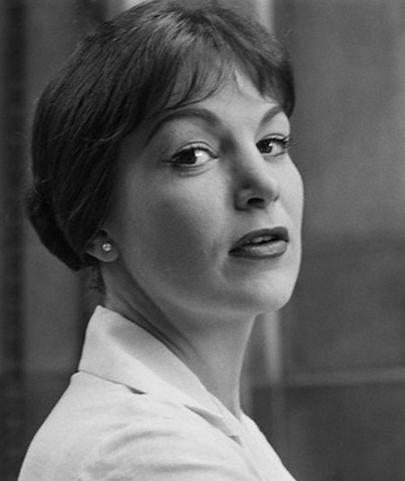 Photo of Annie Ross