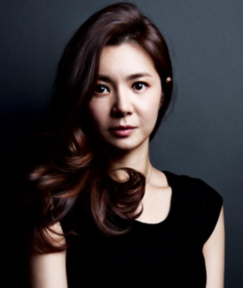 Photo of Jang Suh-Hee