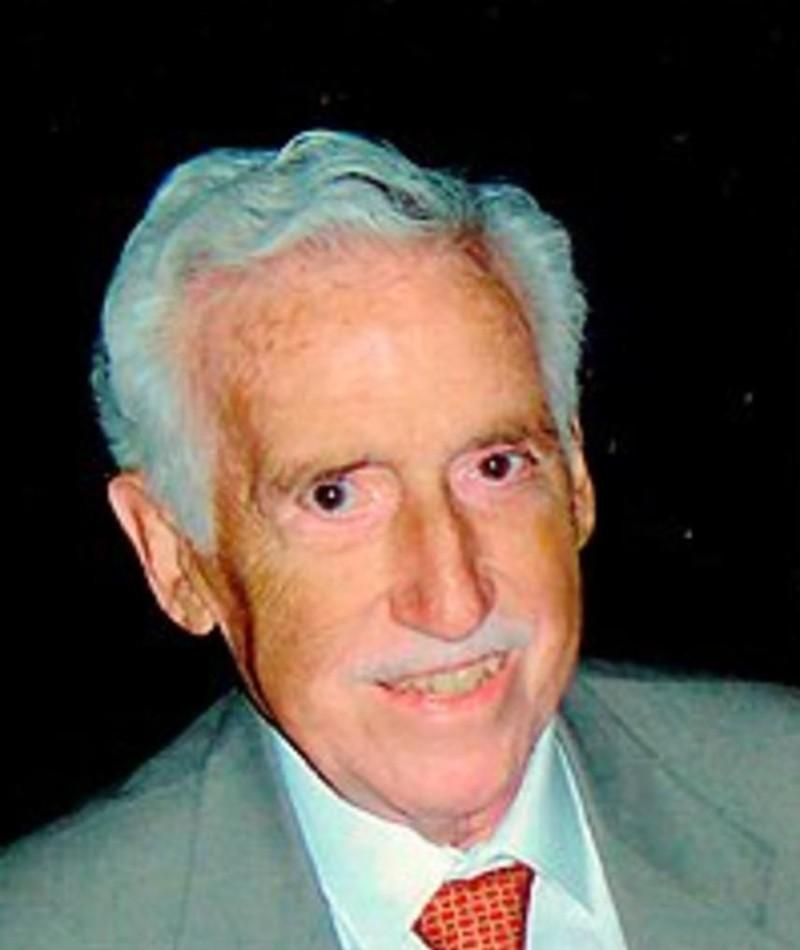 Photo of Enrique Molinero