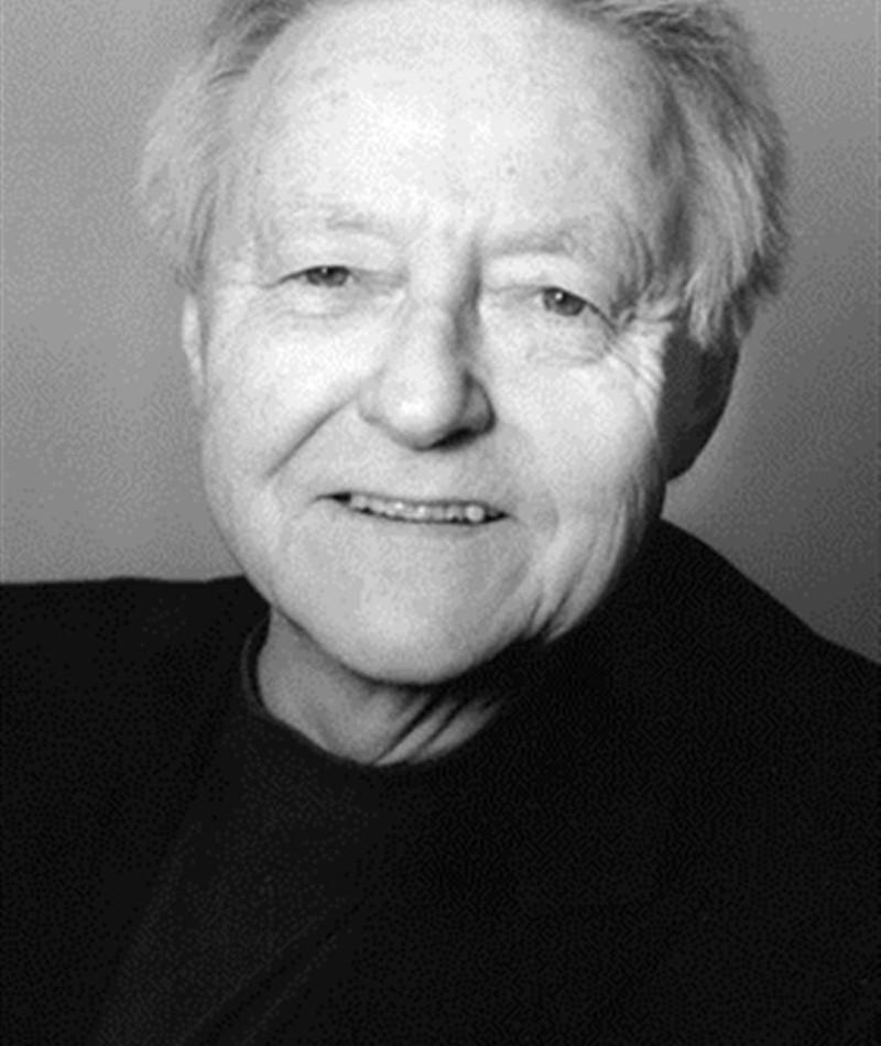 Photo of Roger Dumas