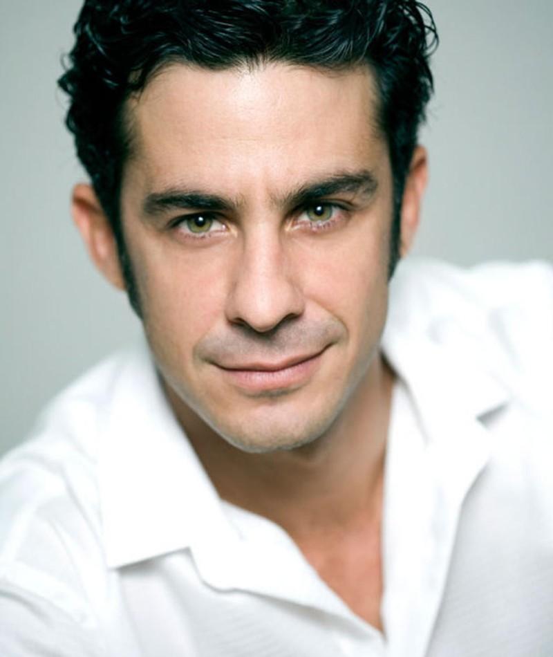 Photo of Roberto Sanmartín
