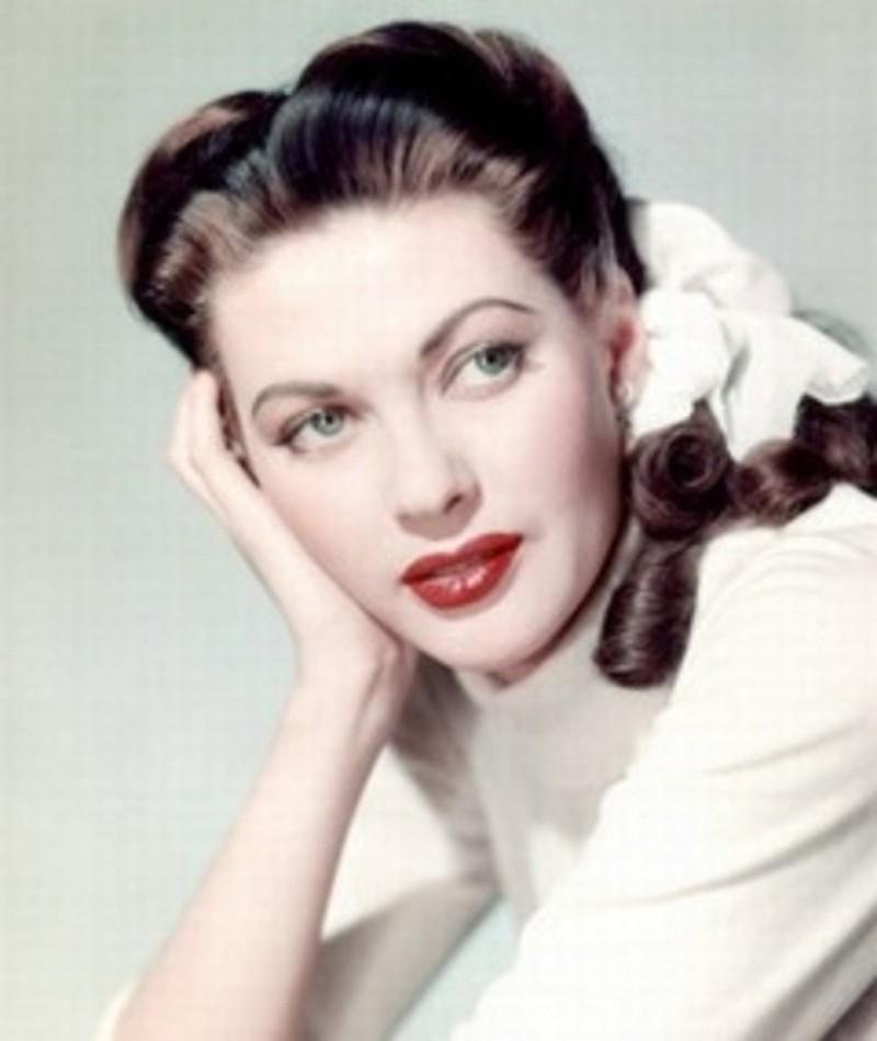 Photo of Yvonne de Carlo