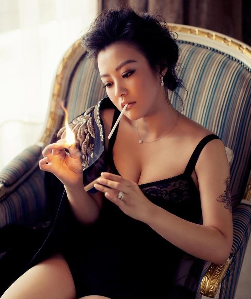 Photo of Lei Hao