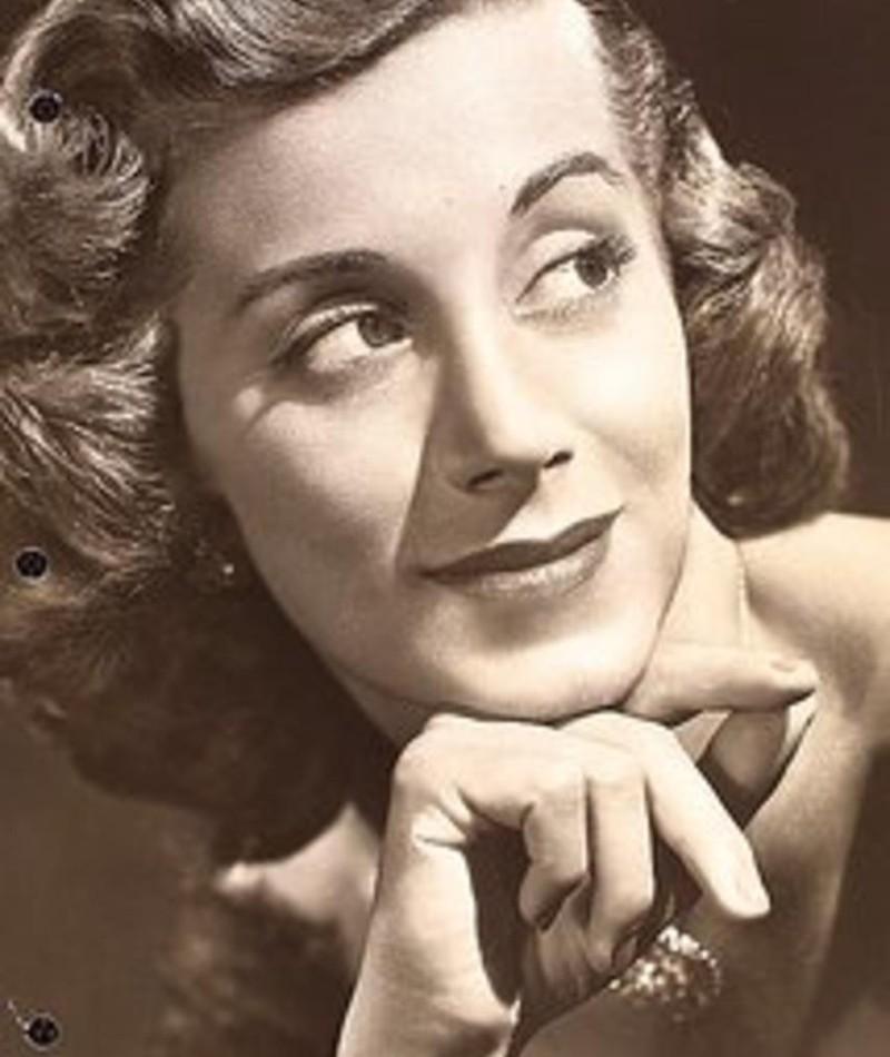 Photo of Joan Alexander