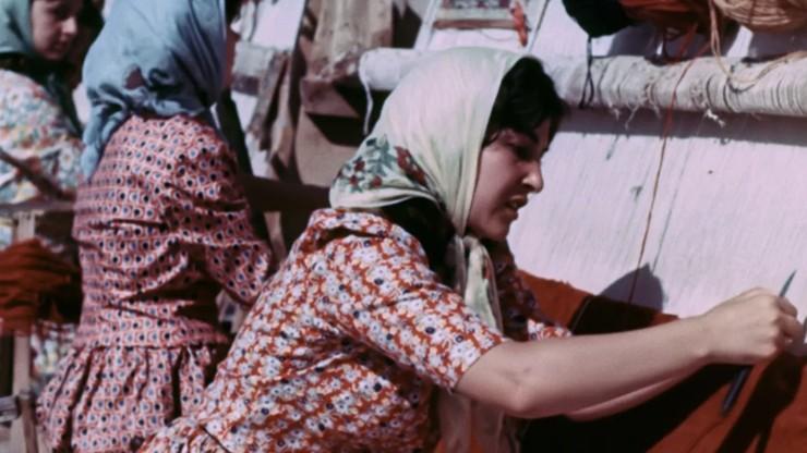The Carpetmaker Girl