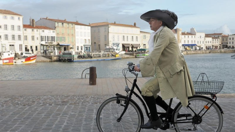 Cycling with Molière
