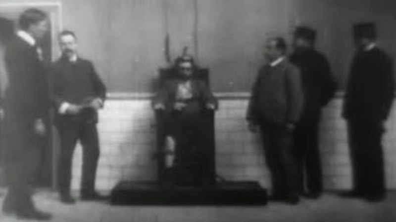 Execution of Czolgosz with Panorama of Auburn Prison