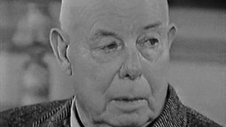 Jean Renoir, the Boss - First Part: The Search of the Relative