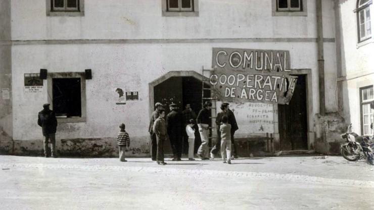 Comunal, uma Experiência Revolucionária