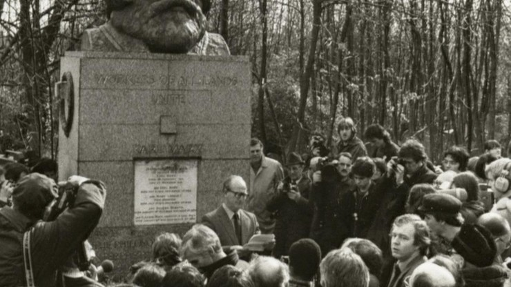 A Day at Karl Marx's Grave