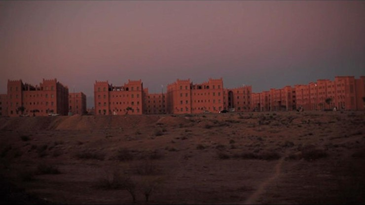 Noiseless, Desert Extras