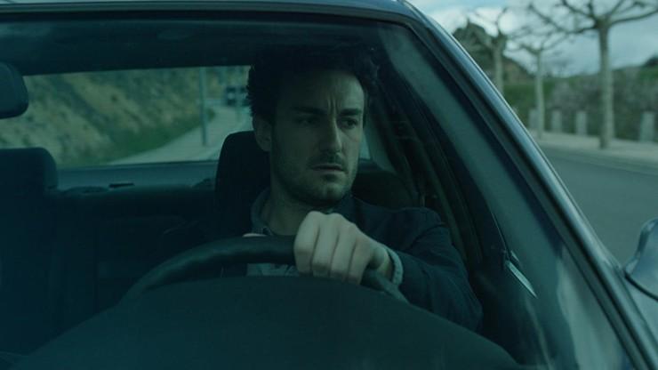 Extraños en la carretera
