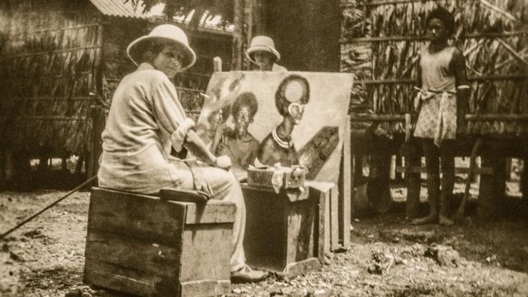 Headhunt Revisited: With Brush, Canvas and Camera